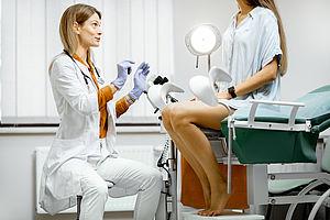 Das erste Mal zum Frauenarzt